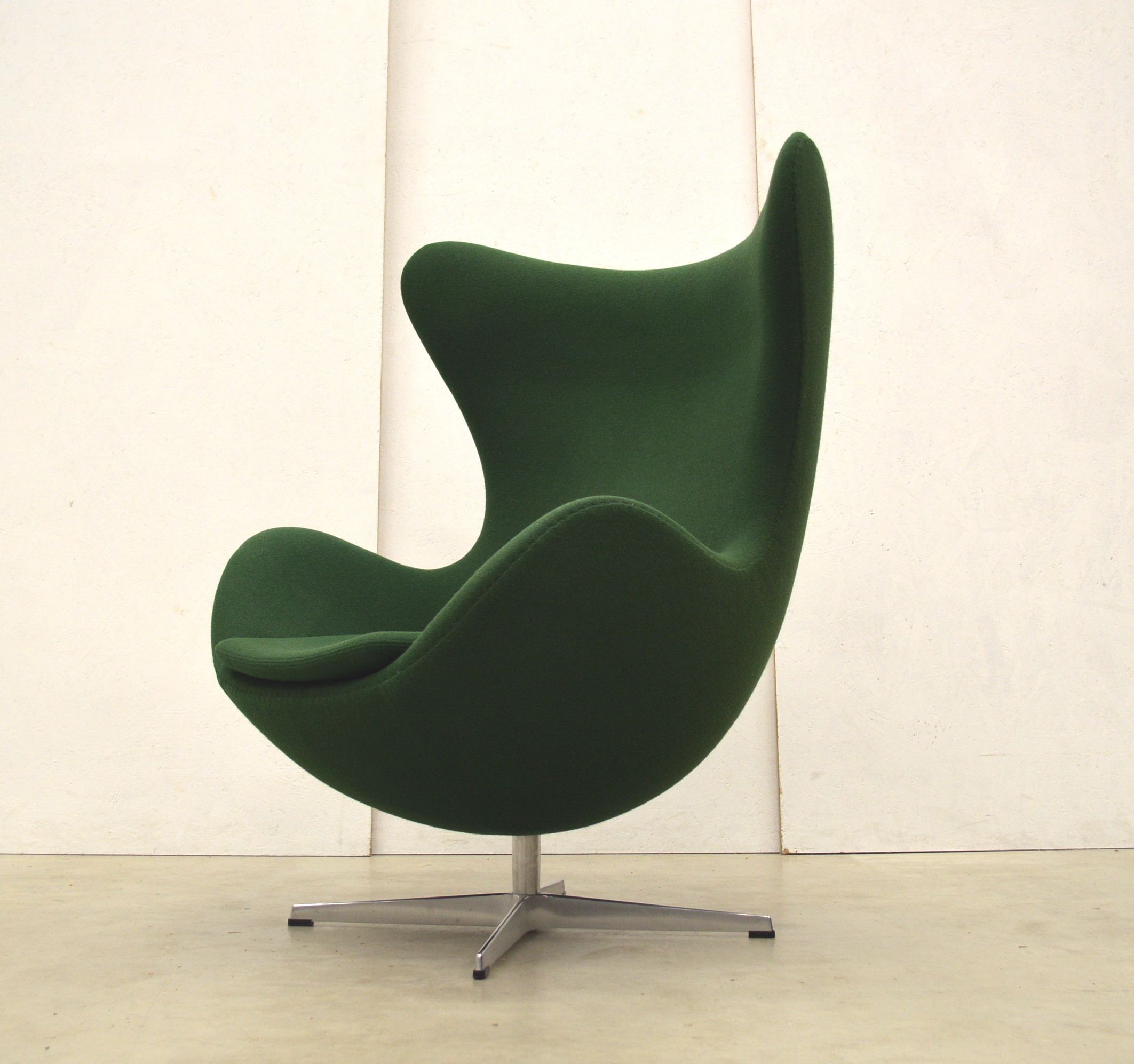 Fritz Hansen Egg Chair By Arne Jacobsen Green Edition Interior Aksel